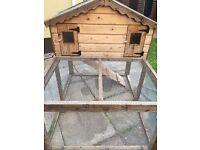 **Excellent condition rabbit hutch for sale**