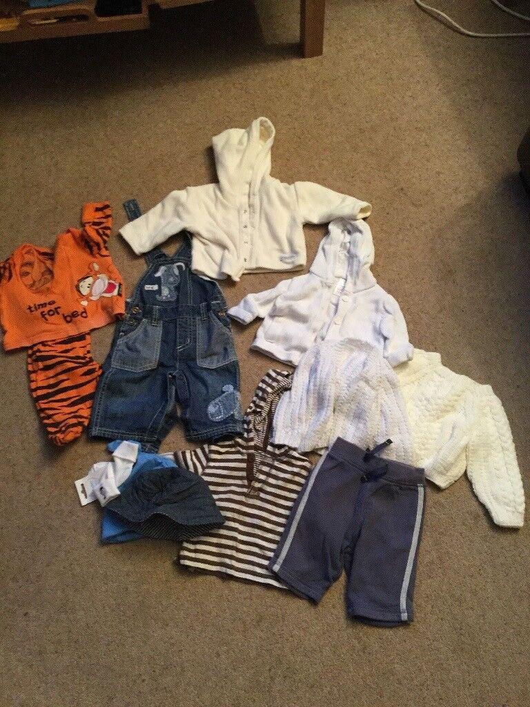 Bundle of boys clothes 0-3 months