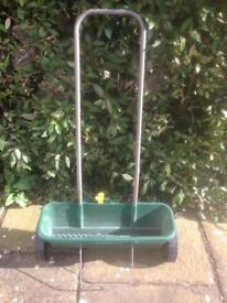 Lawn Spreader - Evergreen easy spreader +