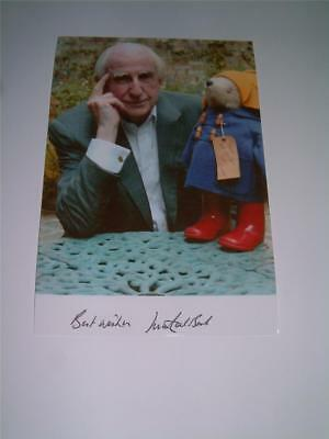 MICHAEL BOND SIGNED REPRINT PADDINGTON BEAR PHOTOGRAPH