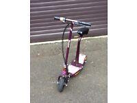 Razor E100S Seated Electric Scooter - Purple **Xmas bargain**