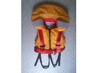 Childs (up to 20kg) 100N Life Jacket with integral safety harness