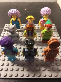 9 various Lego minifigures