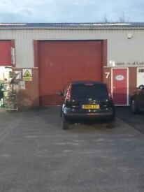 1850sqft Distribution unit spread over two floors with Office to let on Sandy Road Industrial Estate