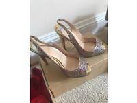 Louboutin shoes size 35