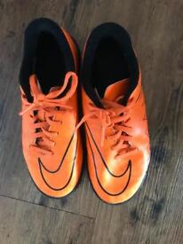 Nike Astro trainers size 3
