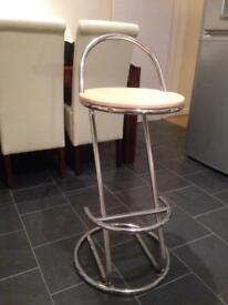 2 breakfast stools