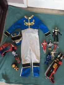 PowerRanger dress up and figures