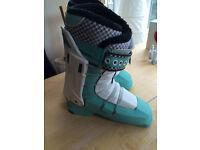 Full Tilt Soul Sister Women's Ski Boots Size 22.5