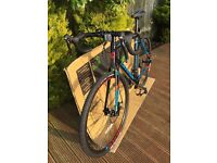 2016 Cannondale CAADX Disc Tiagra Cyclocross Bike 56cm Large Carbon Fork (20 speed)