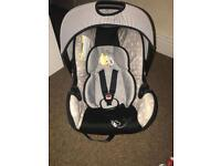 Carseat Winnie the Pooh in grey
