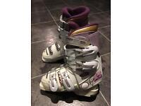 Lange Women's ski boots (Size 4)