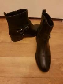 Size 5 black carvella kurt keiger leather boots