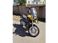 BMW R 1200 GS 2004 - BMW panniers, Givi Top box and other accessories