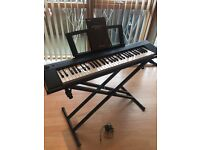 **Bargain! Excellent Condition** YAMAHA Digital Piano