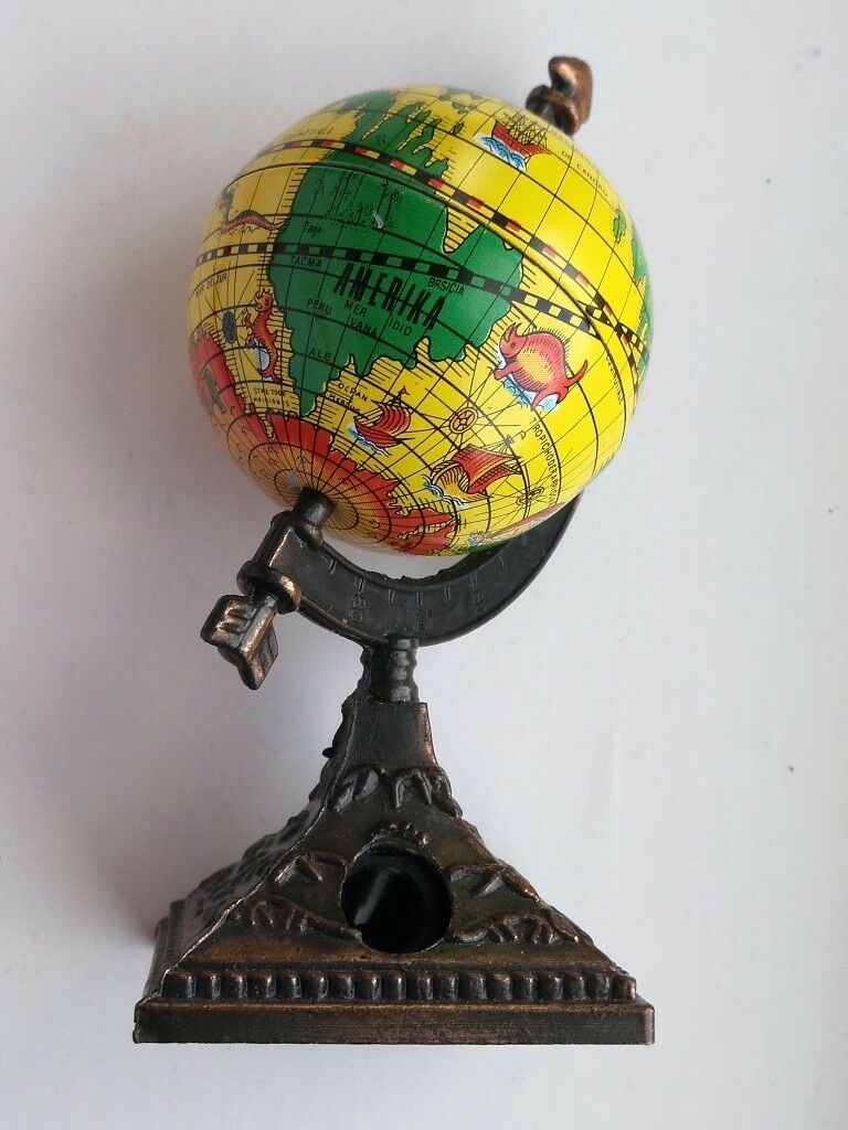 Mini Spinning World Globe Sharpener