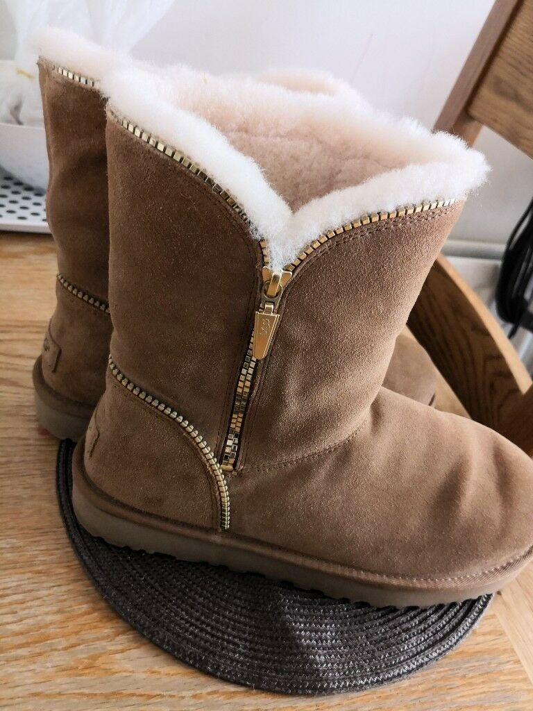 fcb393b507a UGG chestnut zip boots for sale size 8 . women's | in Leicester,  Leicestershire | Gumtree