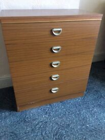 Chest of 5 draws excellent quality