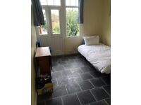 £100 PW, SINGLE ROOM , ALL BILLS INC, GREAT SIZE, CLEAN AND FURNISHED