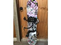 kids snowboard and snowboard boots, size 1 (EUR32)
