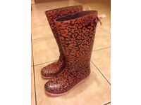 Pink leopard print wellies/boots size 2