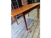 Mid Century Teak Extending Dining Table - Retro / Vintage