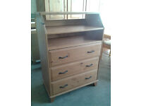 Pine baby changing unit