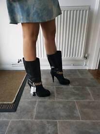 Ladies H&M boots size 5