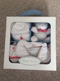 Babygro Ralph Lauren 9 month. Includes unused hat and teddy