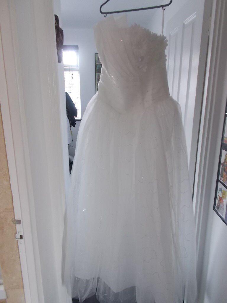 Wedding dress still has labels. Size 14 (never worn) | in Kingston ...