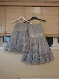 Hi I'm selling party dress for kids