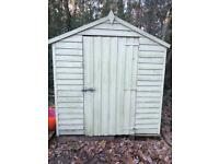 Green shed with extra wood lining 8ft x 6ft