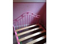 Girls single pink bed