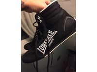 Men's size 8 boxing boots