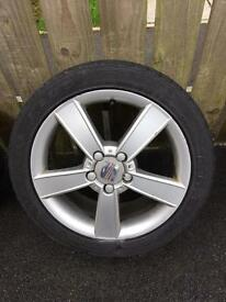 Set of 4 Seat Leon 225/45r17 alloy wheels