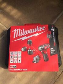 Milwaukee multi drill
