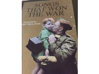 Songs that won the war we'll meet again dame Vera Lyn in presentation pack.