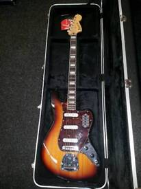 Squier vi 6 string bass with hardcase