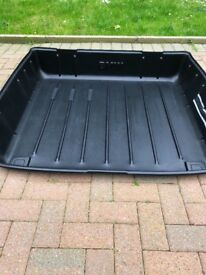 BMW 5 series estate rigid plastic boot tub