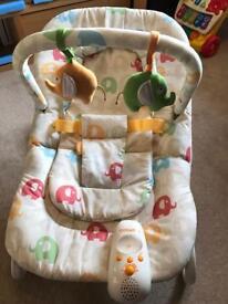 Cosatto Snoo Bouncer vibrating baby chair