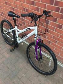 "MuddyFox girls Mountain Bike 24"" wheels size BARGAIN"