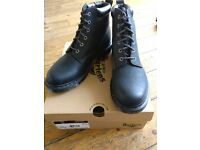 Dr Marten boots in perfect condition size 8