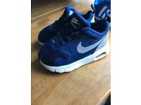 Toddler nike trainers size 4.5 good condition