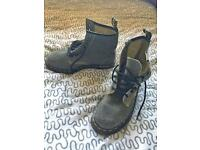 Dr Martens NEW women's boots AirWair size 4 grey
