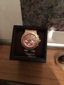 Lady's Michael kors watch in rose gold
