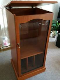 Stereo/display cabinet