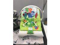 Fisher Price Rainforest Friends Comfort Curve Baby Bouncer Vibrating Chair