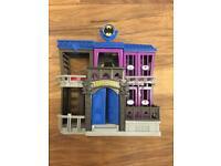 Imaginext might up batman Gotham City Building