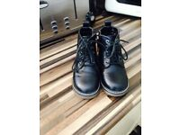 Size 7 boys boots