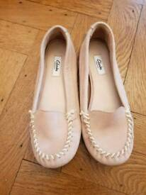 Clarks pink suede loafers NEW